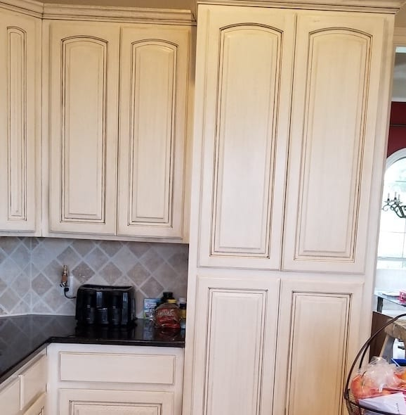 3 kitchen cabinets faux
