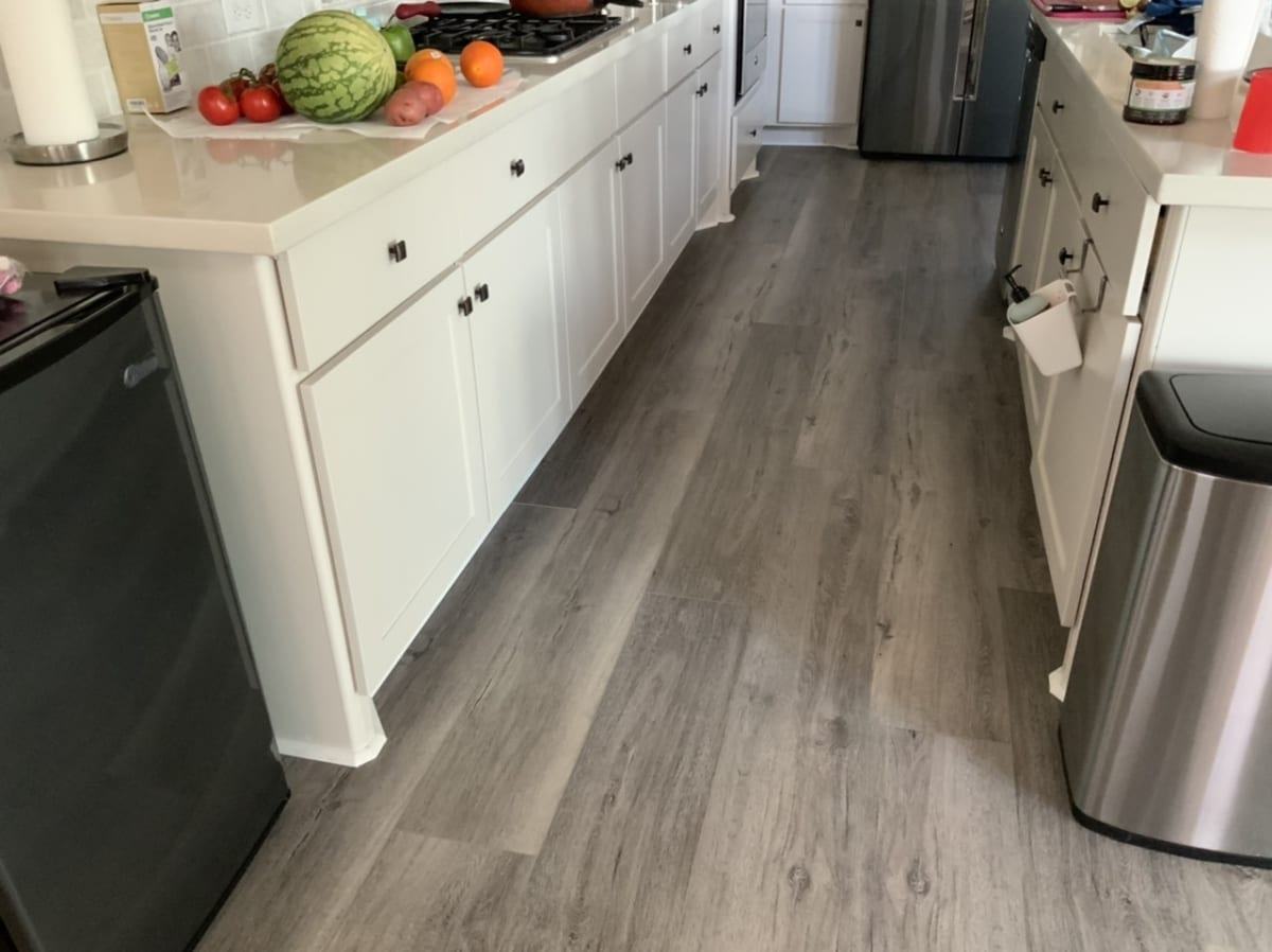 painted baseboards in kitchen