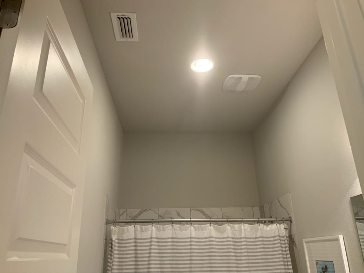 popcorn ceiling removed from bathroom